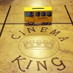 Lo scuolabus al cinema King di Catania